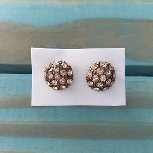 Set of adorable earring studs NWT